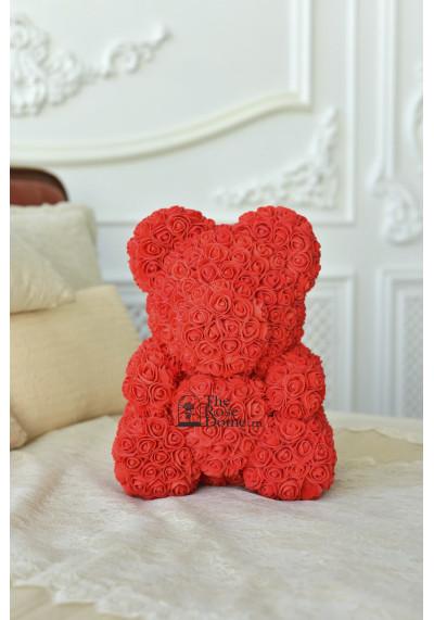 Мишка из роз 40 см, красный, с белым сердцем