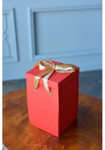 Подарочная коробка Premium, красная(30х18х18)